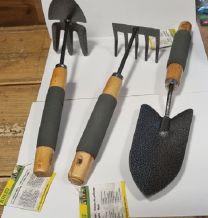 Kinzo tuingereedschap 3 delig met houten / rubberen handvat